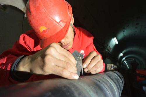 防腐保温钢管厚度检测图